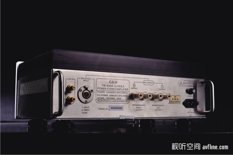 音频专用电容;担当a类推挽输出的是4对三肯2sa1117/2sc2608金封大功率